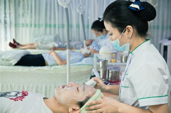 祛痘也能私人定制 苗醫生品牌分肌修護解決問題肌