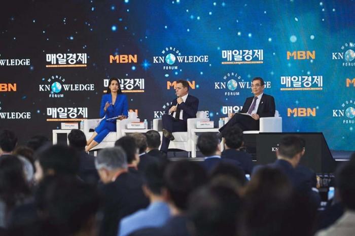 第二十届世界知识论坛在韩国首尔举行 潘基文出席