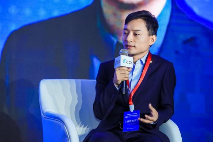 普渡科技CEO張濤出席國際餐飲創新峰會,以送餐