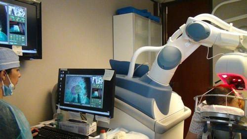 南京新生植发ARTAS植发机器人重磅来袭 开启智能新时代
