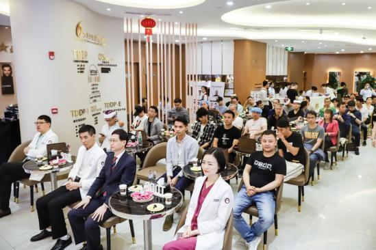 深圳新生植发:为什么越来越多发友推荐NoCut不剃发植发技术?原因是...