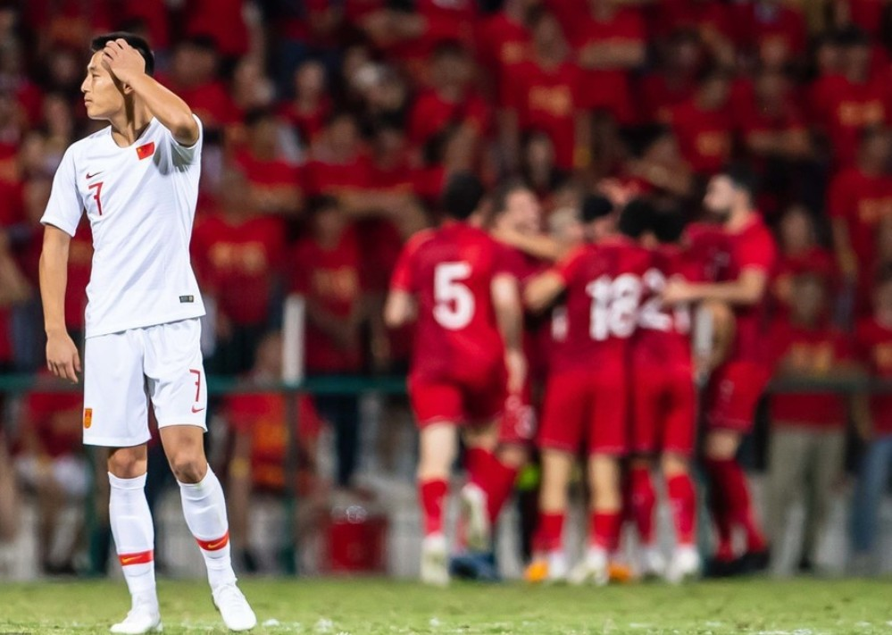 """我不能理解各种各样的足球失利之夜!里皮还向英格兰学到了一套""""绝招""""吗?"""