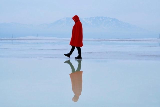 中国新疆最美的盐湖之一 不输茶卡盐湖 更被称为新疆的马尔代夫