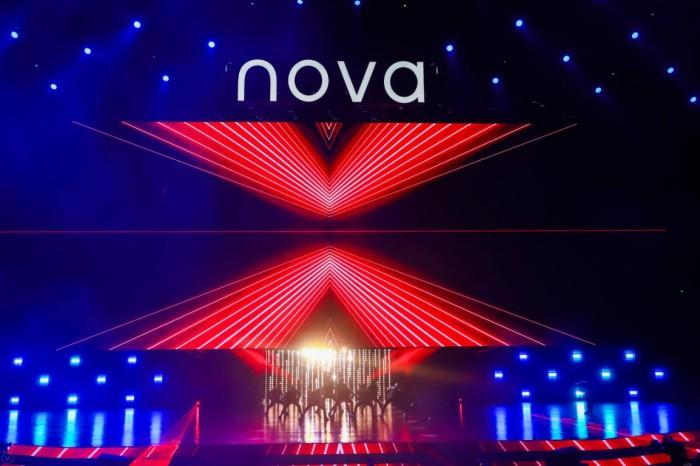 代言人易烊千玺上线,用华为nova6 5G新品演绎大不一
