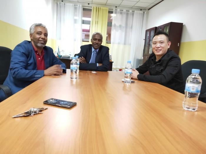 刘秋明会晤卢旺达大学副校长,洽谈LUX GLOBAL(卢可丝集团)在卢教育发展规划