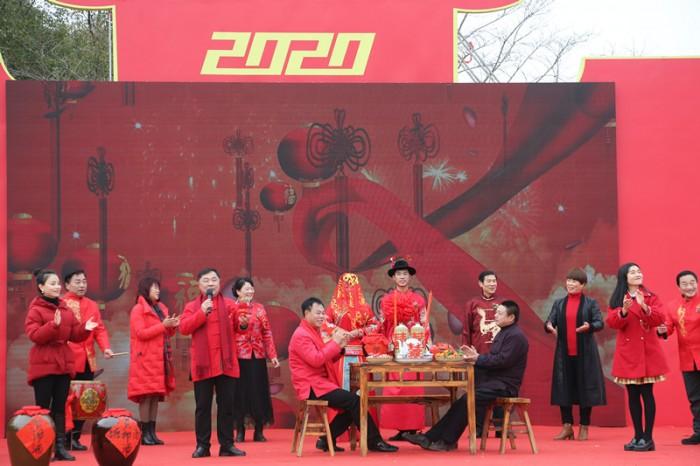 凤凰沟民俗花灯文化旅游季提前引爆春节热潮 影