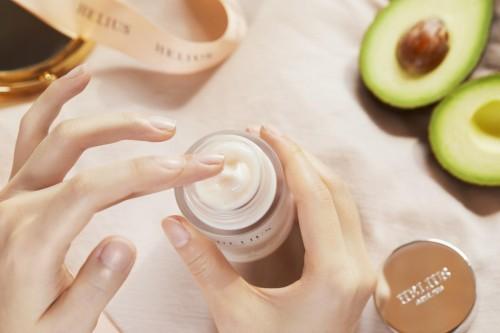 精简护肤+尖端科技 这家珠海化妆品企业把科研技术融于护肤产品