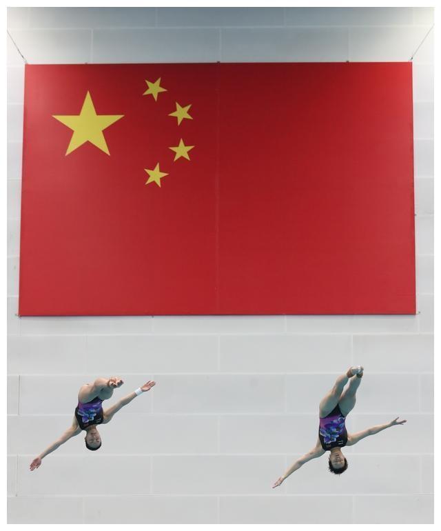中国跳水梦之队尝试新型备战模式 云比赛+云采访
