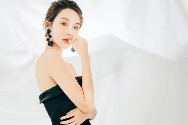 网曝张大奕曾结婚?霸气回怼说使劲编!