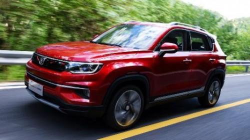 小型SUV性价比新选择,BEIJING-X3 PLUS对比长安CS35 PLUS