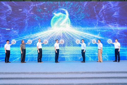 一次发布21款新能源产品 徐工开启重卡换电新时代