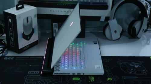 黑科技!全新外星人m17笔记本电脑 设计师告别加班 逆袭必备