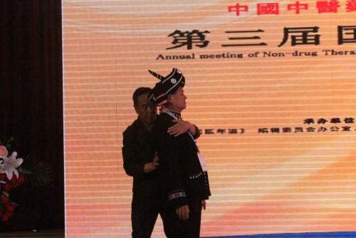 李氏铁手腕挺直法――助力新冠疫情 挺起中国脊梁 !