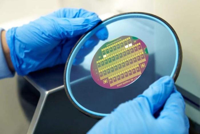 奥林巴斯半导体显微镜 独有的混合照明功能让图像更清晰