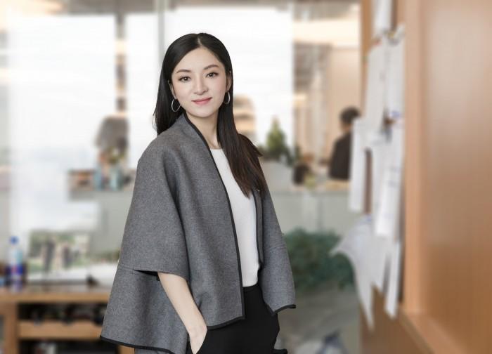 传递正能量,企业家陈伽名在公益道路上行动