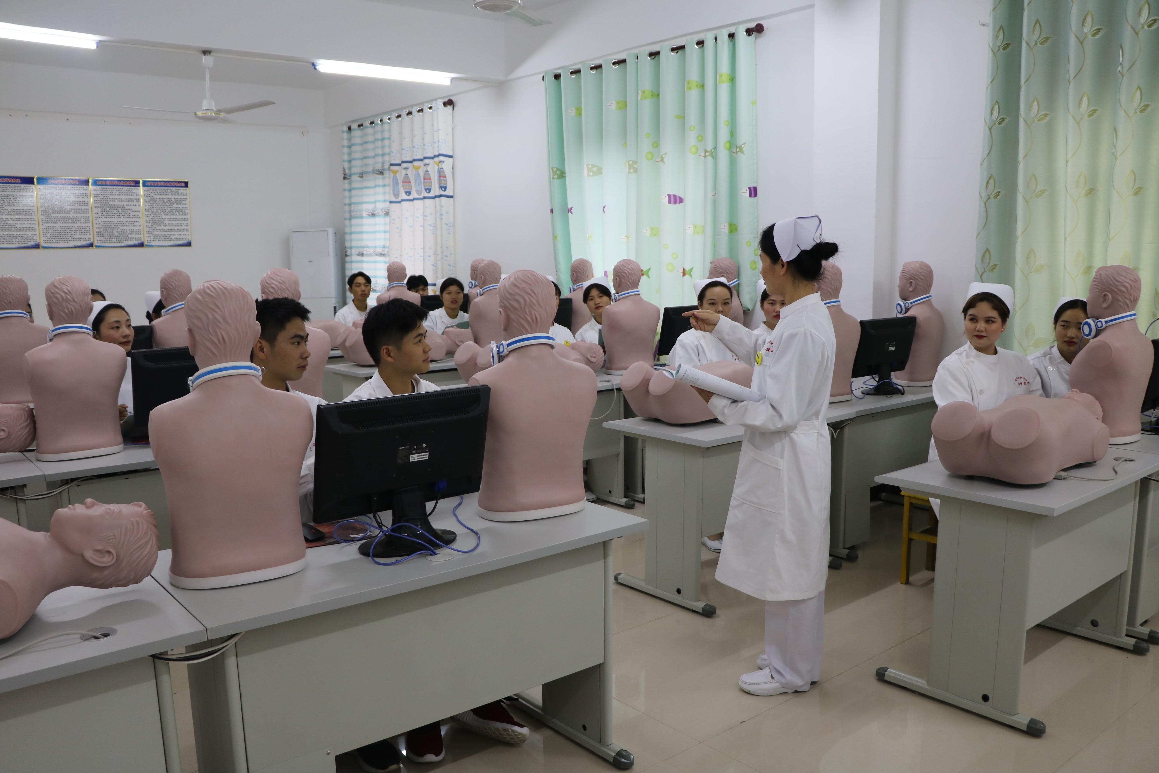 广西科技职业学院医学院订单式医药人才培养模式有特色