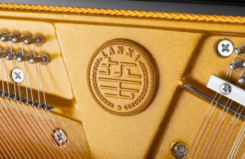 全国第一款极致单品钢琴品牌---蓝玺︱演奏家钢琴