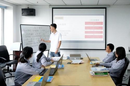 """央视专访网课老师刘洋,""""高分模型""""助力学生成绩快速提高"""
