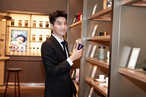 《【摩臣娱乐app登录】赵又廷正式成为Nespresso浓遇咖啡品牌大使,彰显非凡绅士魅力》