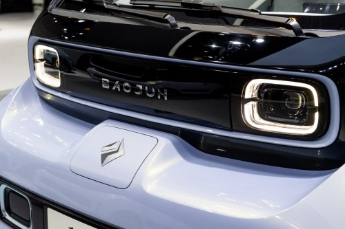 青岛首批本土生产 新宝骏E300/E300Plus国庆假期后正式下线