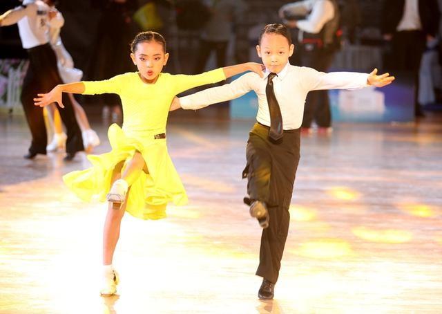 2020宁夏青少年体育舞蹈锦标赛暨第七届全民健身体育舞蹈精英赛成功举办