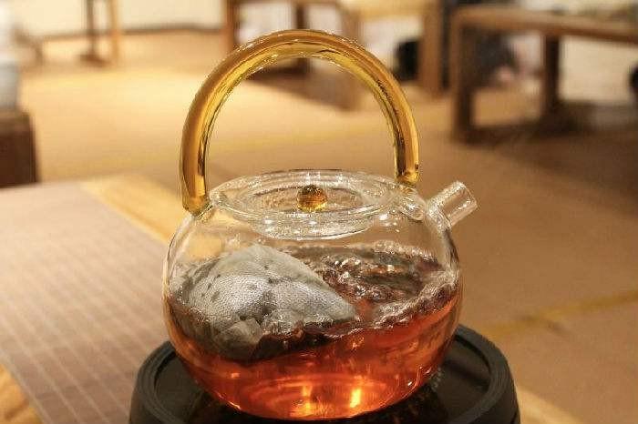 走近白茶,了解白茶,福鼎杵荼茶業致力于發展品牌的力量