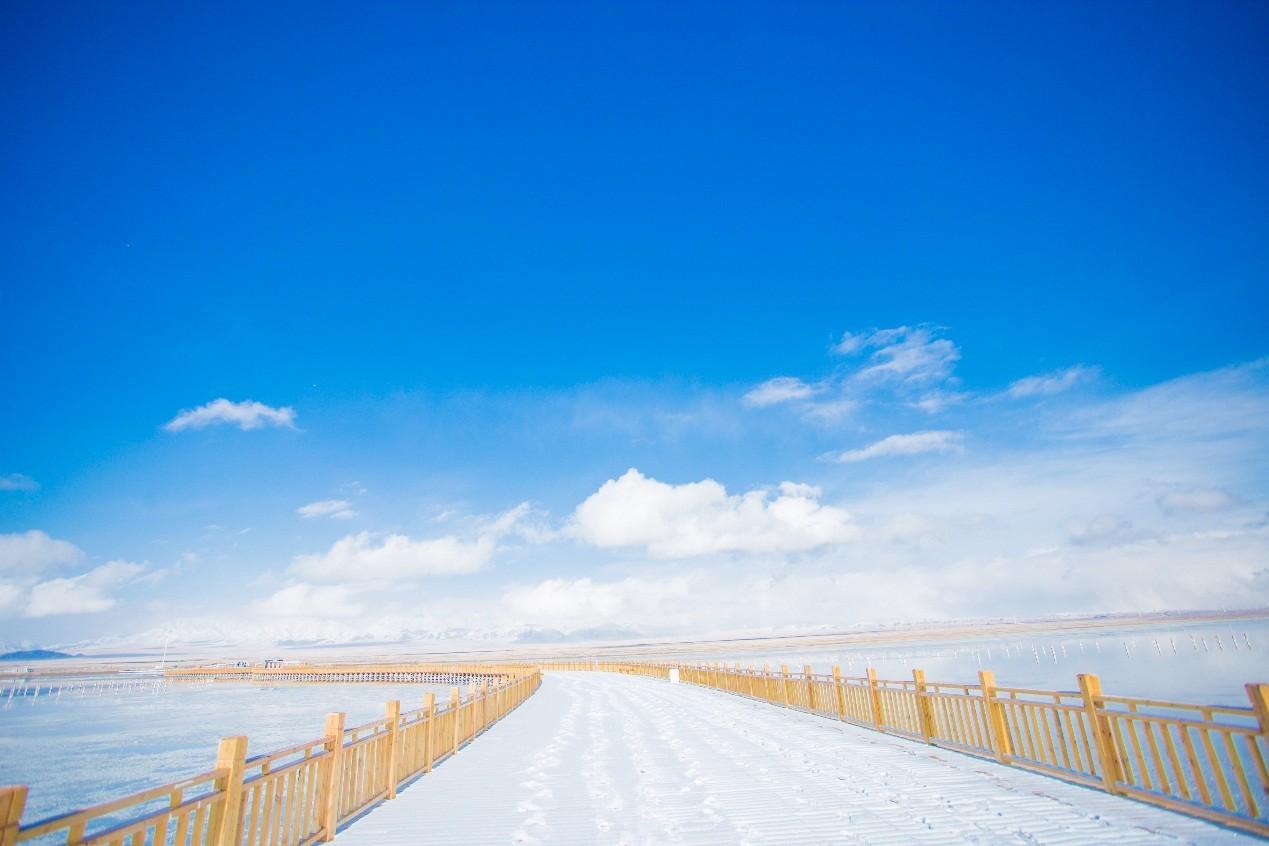 海西州冬春季旅游推介会暨2020年茶卡天空壹号景区合作商答谢会举行