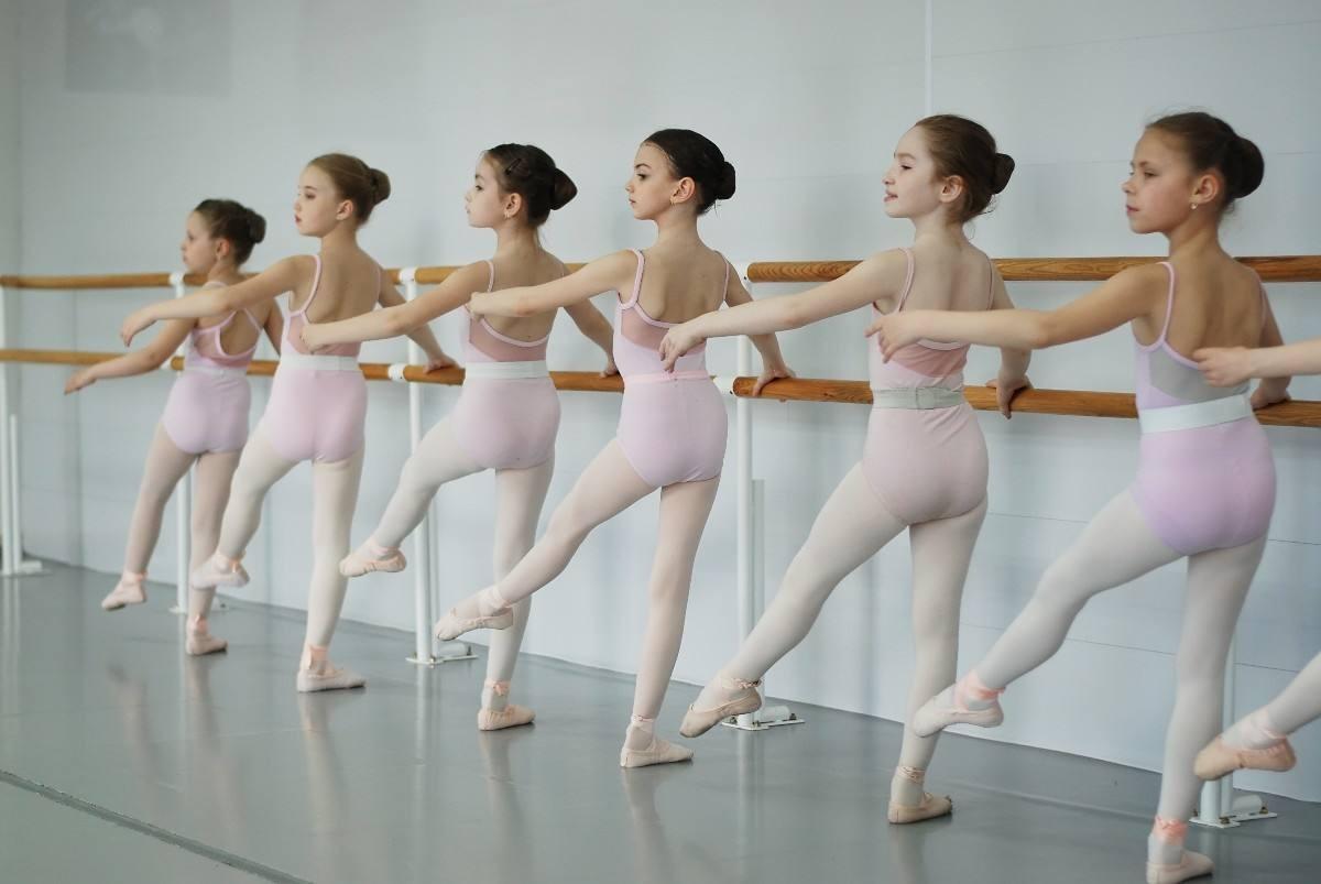 学舞蹈致损伤?上好多兴趣班为孩子挑好老师