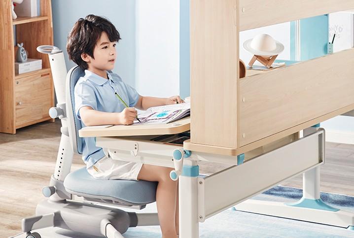 儿童书桌究竟有无必要买?光明园迪给出权威解读