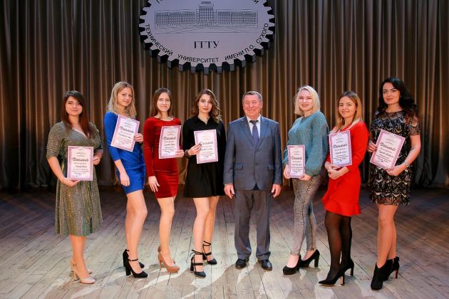 精莺教育&白俄罗斯公立院校一年制硕士线上授课项目启动中