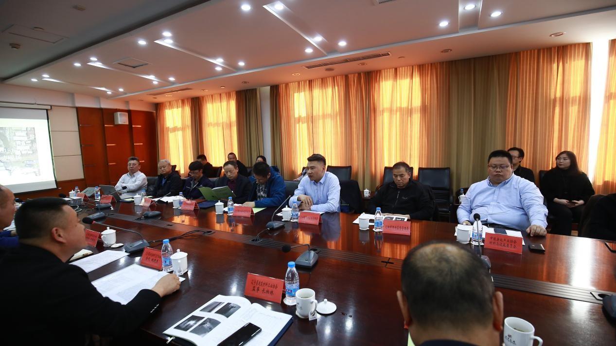 辽宁省建筑材料工业协会召开3·15劣质住宅排烟气道产品销毁工作发布会
