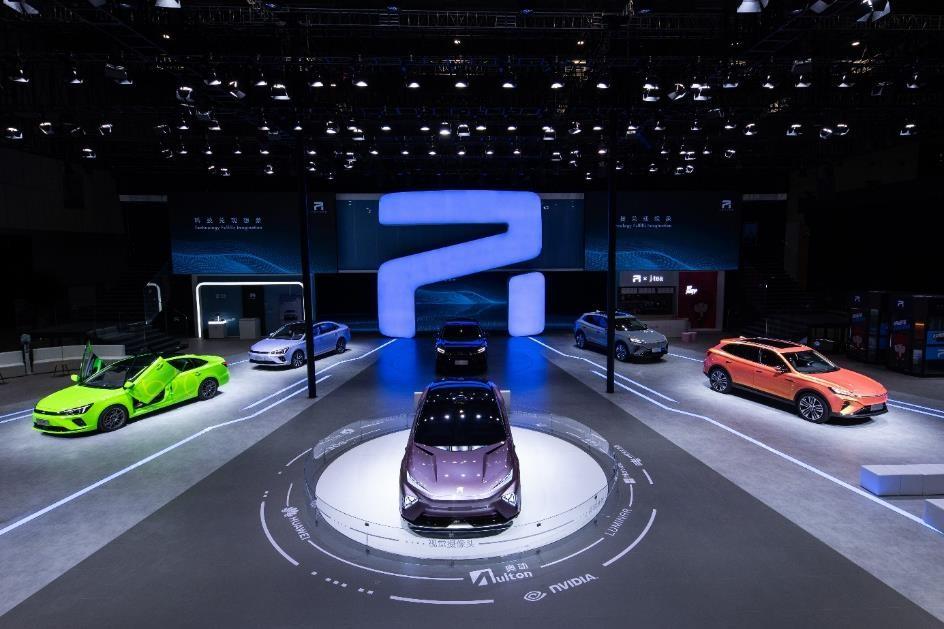 上汽R汽车携多款重磅车型亮相上海车展,并官宣周杰伦成为R品牌挚友