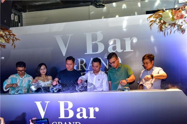 V Bar | 文化生活新体验,引领都市生活新风尚!