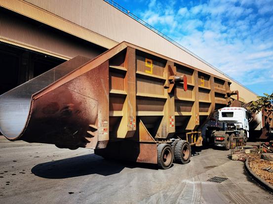 能扛耐造重载先锋张晓波在祖国大陆最南端为联合卡车国六车型点赞