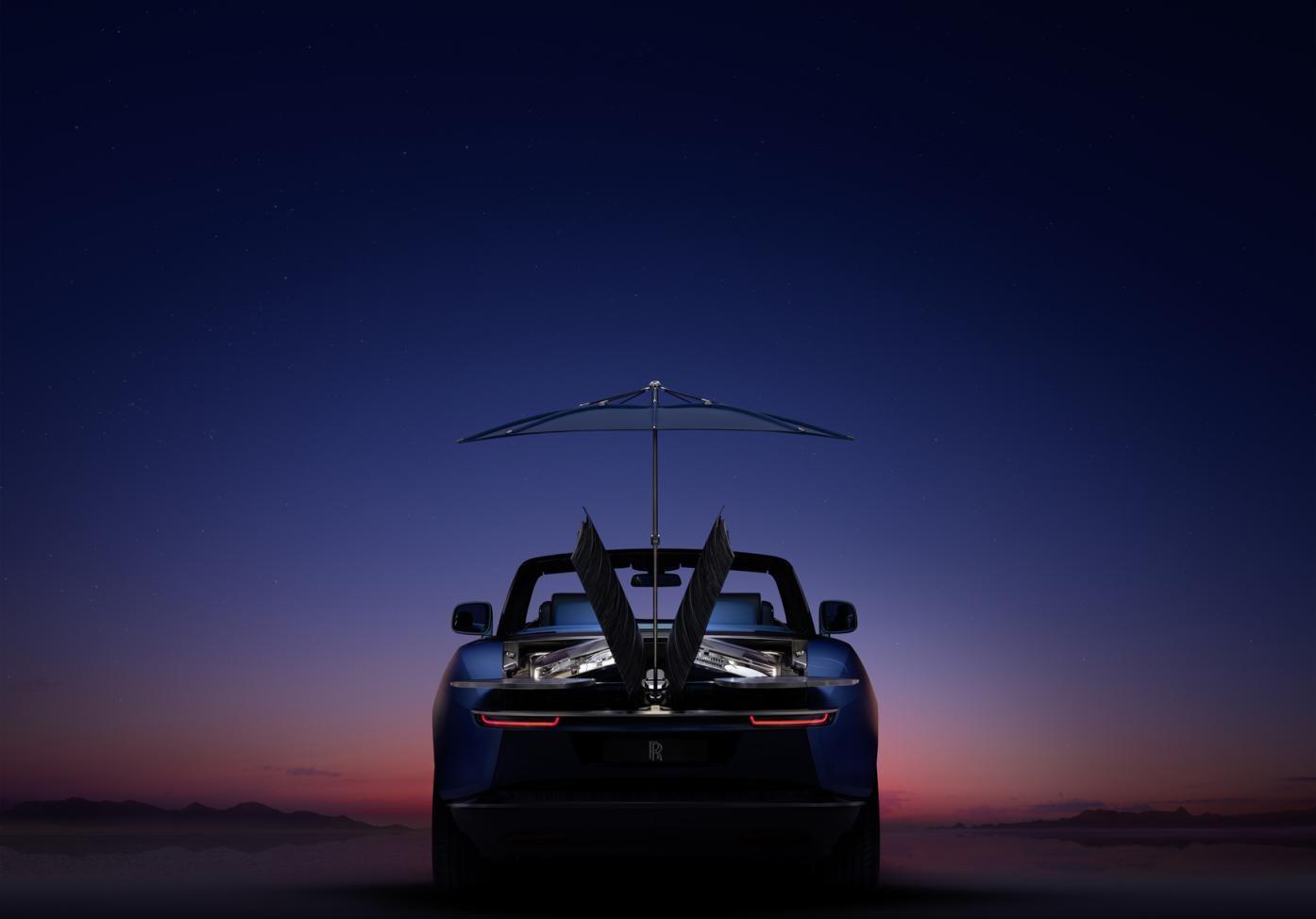 """劳斯莱斯""""浮影"""":专属车身定制的极致呈现"""