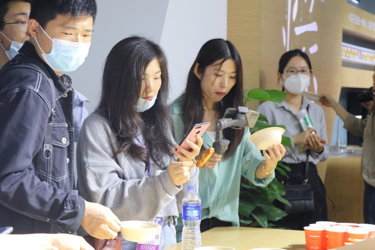后疫情时代新风口在哪里?帅丰集成灶在2021上海厨卫展给出标准答案-产业互联网