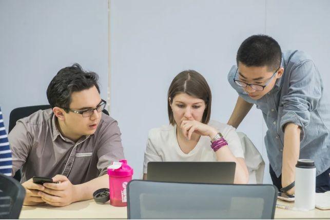 即使再忙,也要学习编程,沃耕编程训练营来告诉你编程的价值有多高