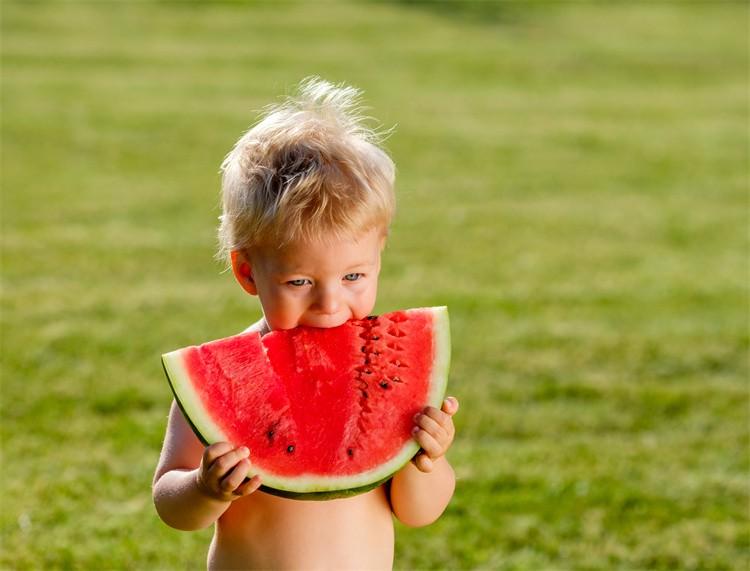 这5种不能随便吃的水果!你还在给宝宝吃吗?