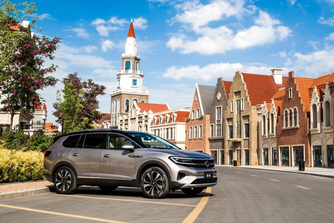 于和偉代言,大眾全球最大旗艦SUV攬境已經上市,29.99萬元起售
