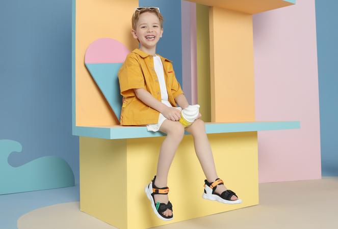 神兽们夏日必备的儿童鞋,清凉透气无束缚
