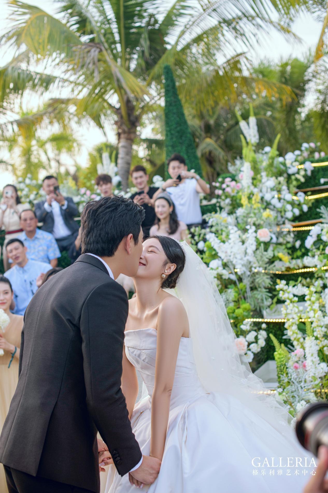 演员王彦霖海岛婚礼现场引关注,为何明星婚礼都选择了格乐利雅?
