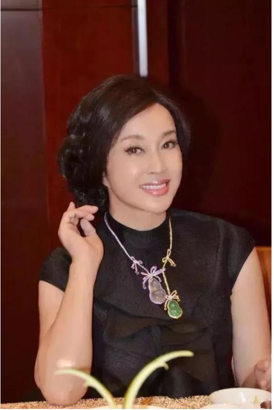 幸福赢行签约刘晓庆 聚焦离异男女的感情生活