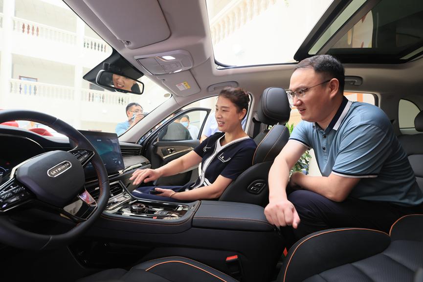 奥运精神、创维力量――创维汽车向冠军张雨霏赠送EV6 Pro版-第10张图片-汽车笔记网