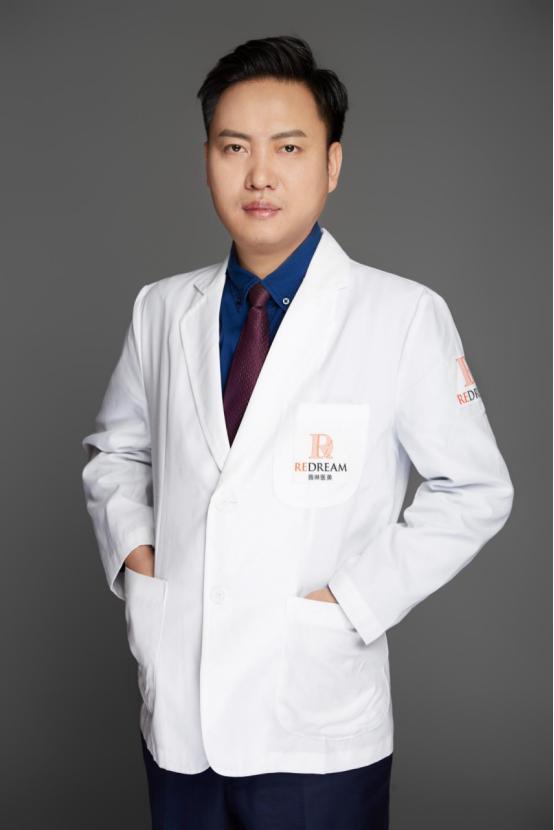 上海自体脂肪填充比较安全的医院-上海薇琳杨荣华为你解答:再专家和项目技术名 自体脂肪垫眉弓具有什么优点和缺点