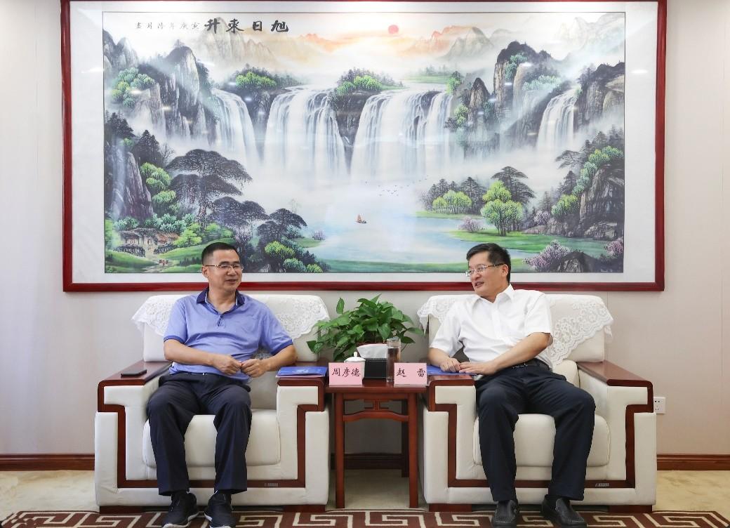 西安市临潼区区委书记赵雷 主持召开西安秦皇医院专题现场办公会