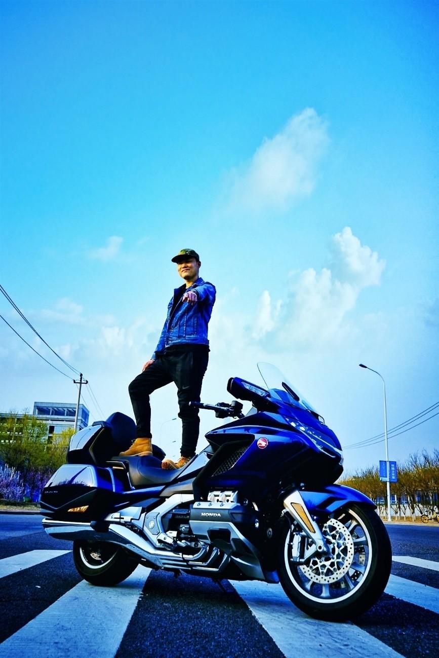 我在快手卖摩托:一年卖出2000台,最远卖到了越南
