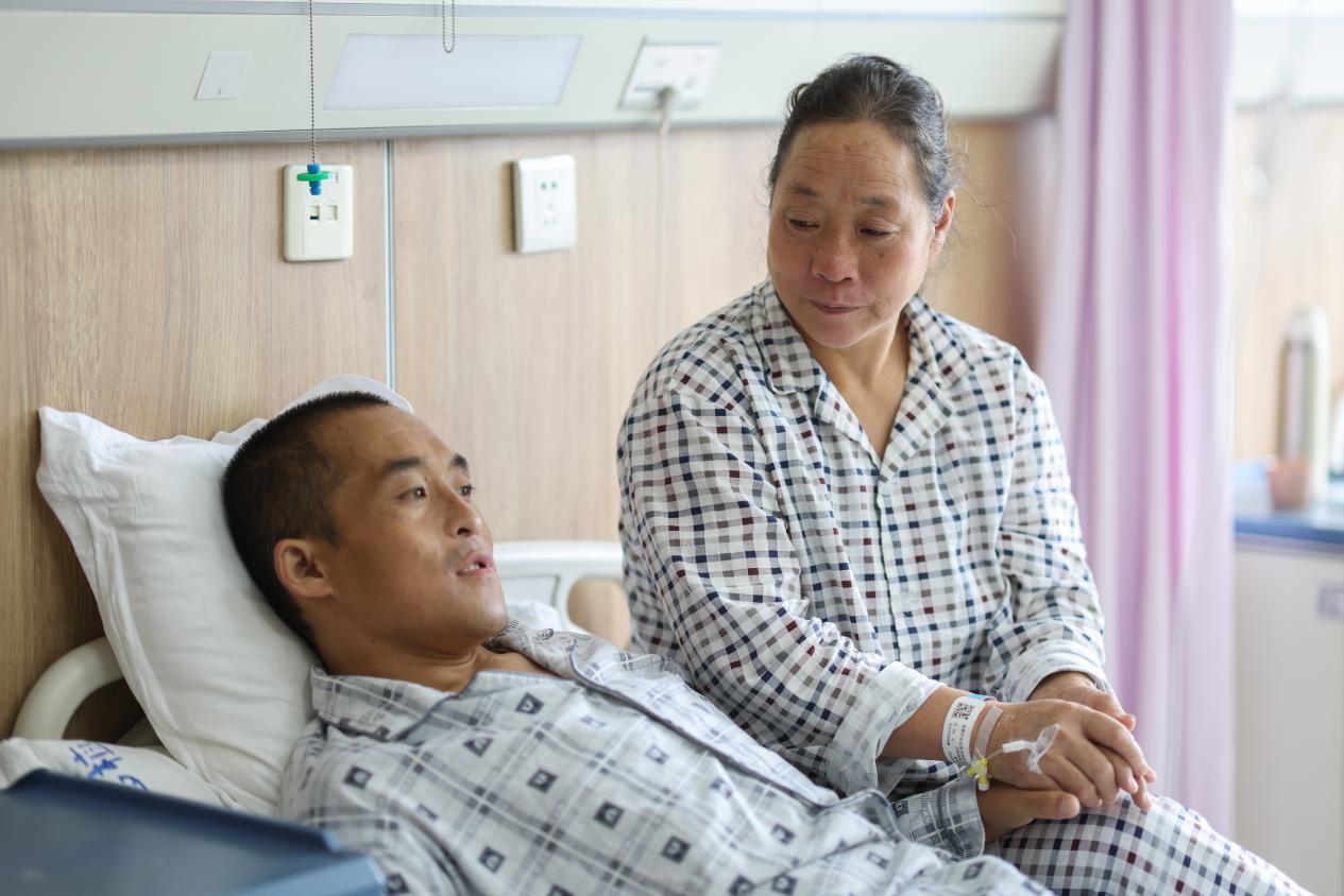 山西首例!机器人肾移植手术顺利完成