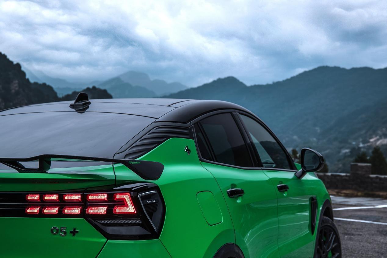 闯关越级,所向披靡 性能SUV领克05+正式发布,售价23.58-26.18万元