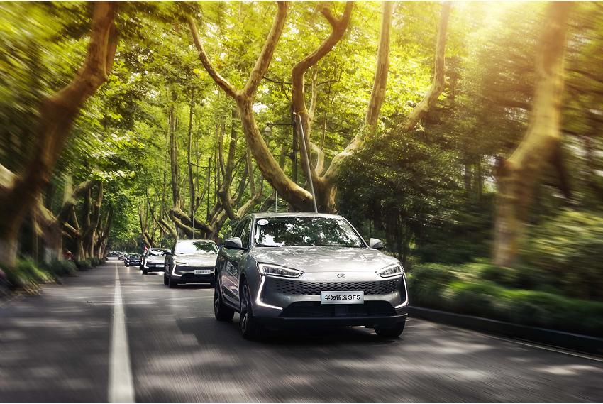 经常跑长途?这三款车适合你!第一款加速堪比百万级跑车!
