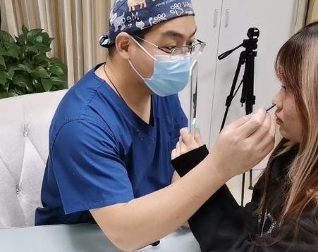 郑州欧华医疗美容整形李永峰医生科普——自体脂肪填充存活率这样提高!